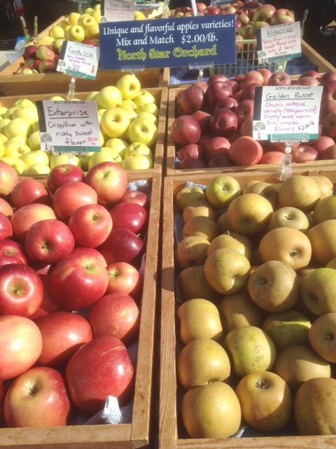 farmersmarketapples